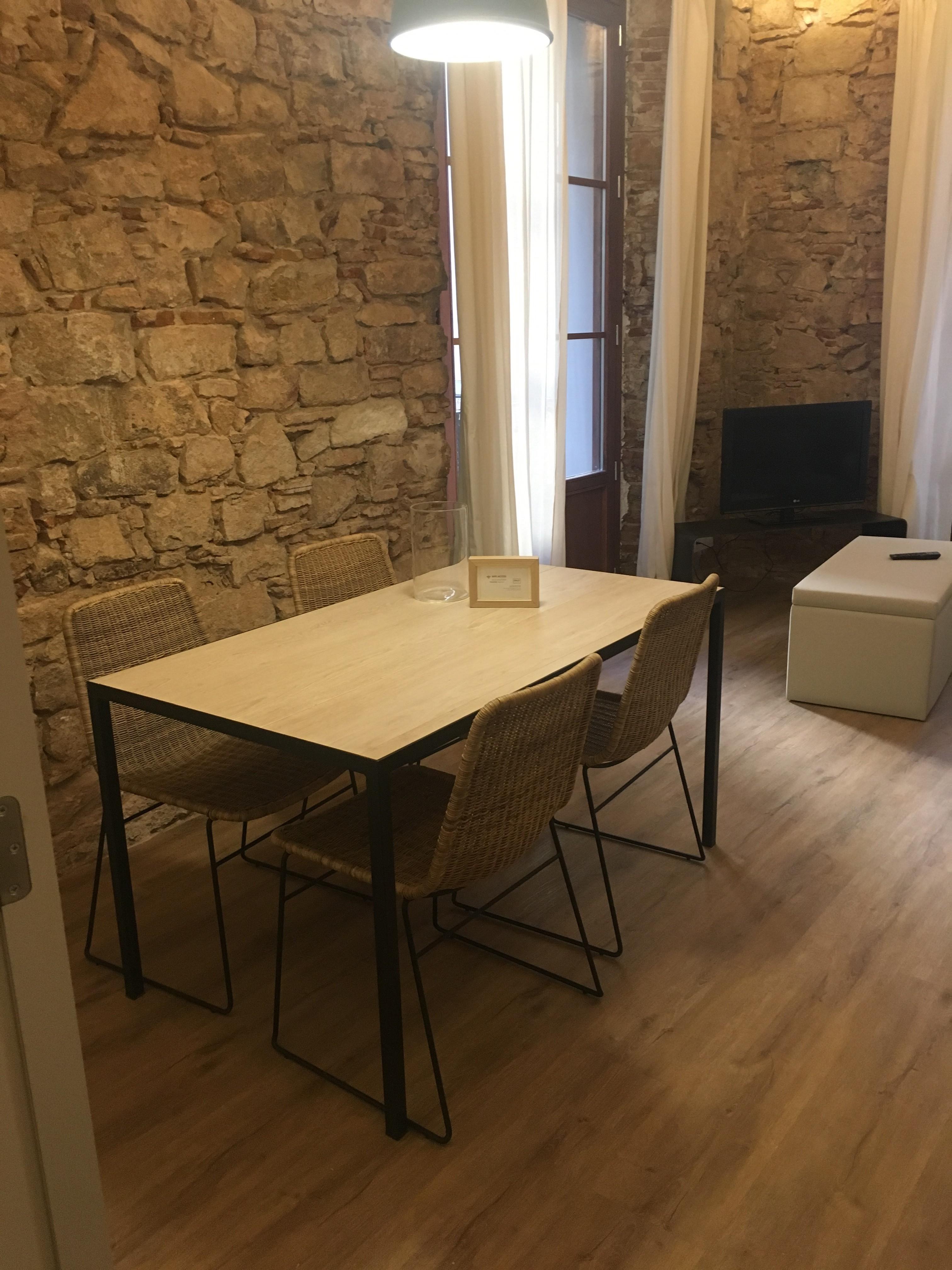 Bonito piso de alquiler temporal en barcelona ciutat for Pisos de alquiler