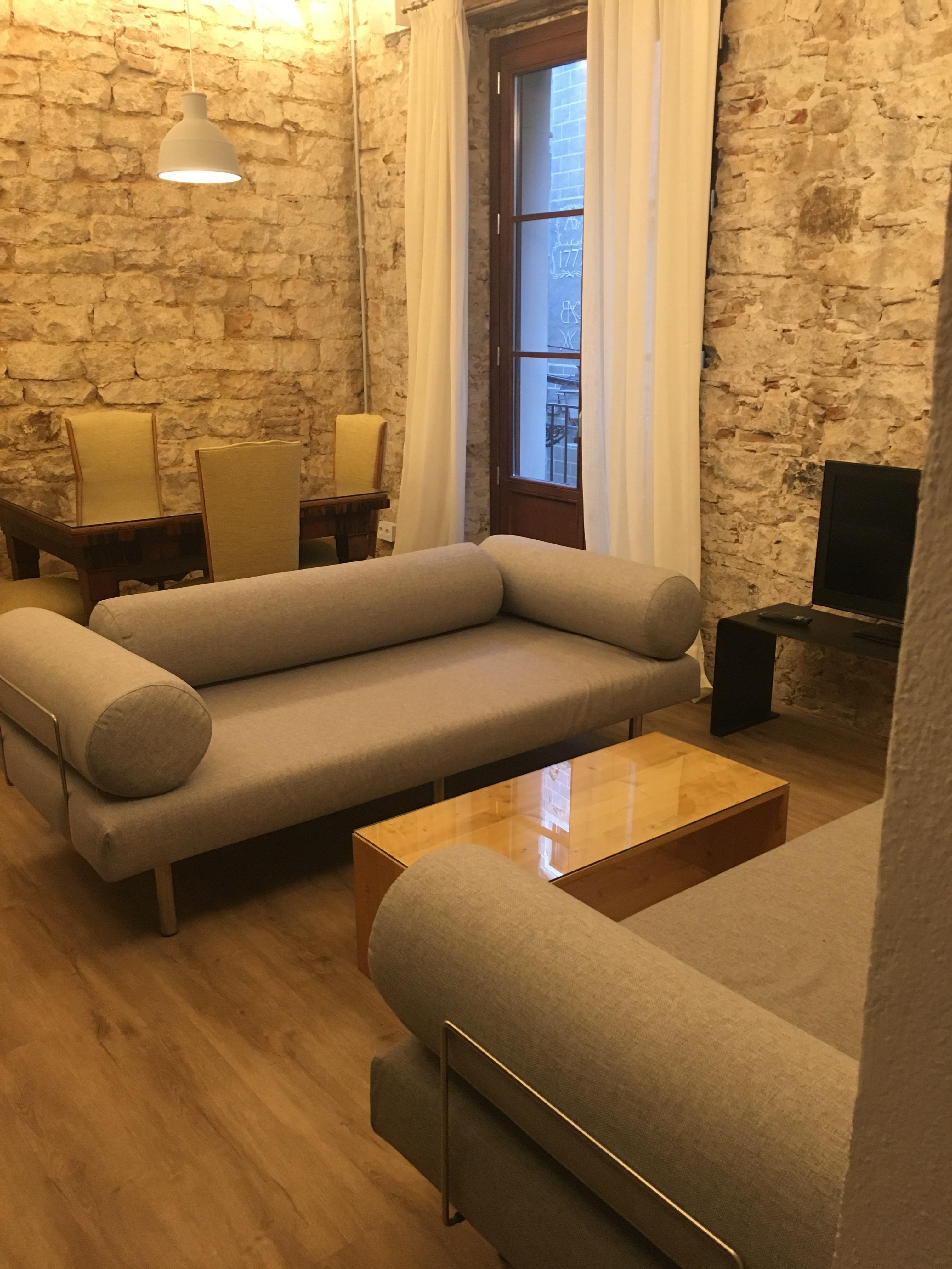 Bonito piso de alquiler temporal en barcelona ciutat for Piso de alquiler en barcelona
