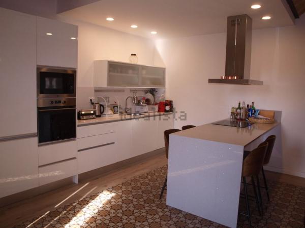 Piso moderno de 3 habitaciones en alquiler en el Barrio Gótico