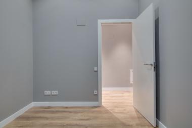 Piso reformado con 3 habitaciones se alquile en Rambla Catalunya