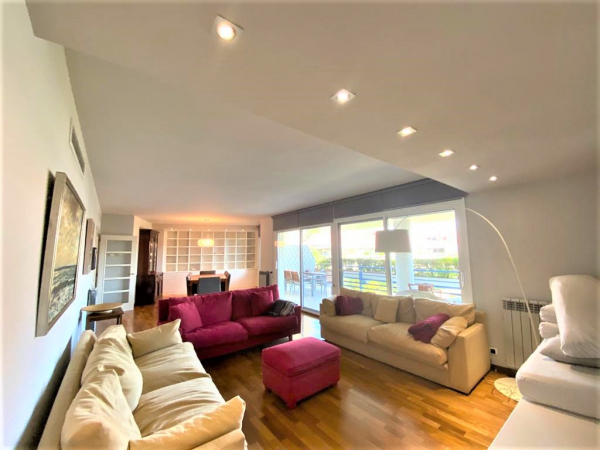 Duplex Attic with 4 Bedrooms and 2 Terraces for Rent in Sitges