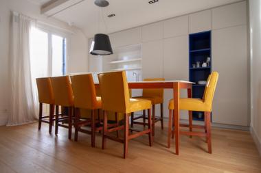 Exclusive 3 bedroom apartment for sale on the Via Laietana