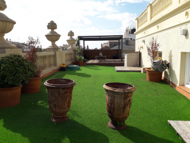 Luxury penthouse for rent with terrace on the Paseo de Gracia