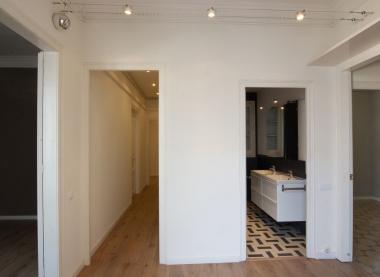 Exclusivo piso e alquiler 5 habitaciones reformado en el Paseo de Gracia