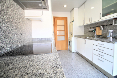 Bright and furnished 3 bedroom apartment for rent in the Vila Olimpica