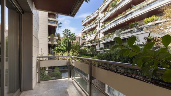 Alquiler de gran piso luminoso en Pedralbes