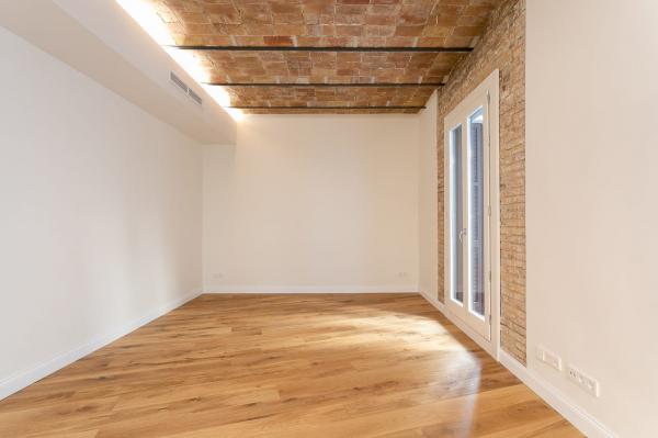 Precioso piso de 3 habitaciones en alquiler en la Via Laietana