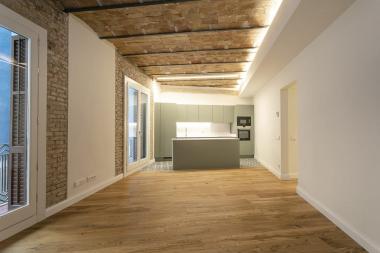 Fantastic 3 bedroom apartment for rent in the Via Laietana