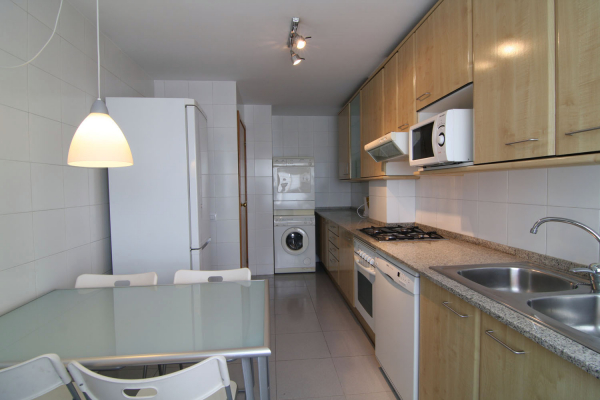 Fantastic furnished duplex of 4 bedrooms with sea views in Poblenou