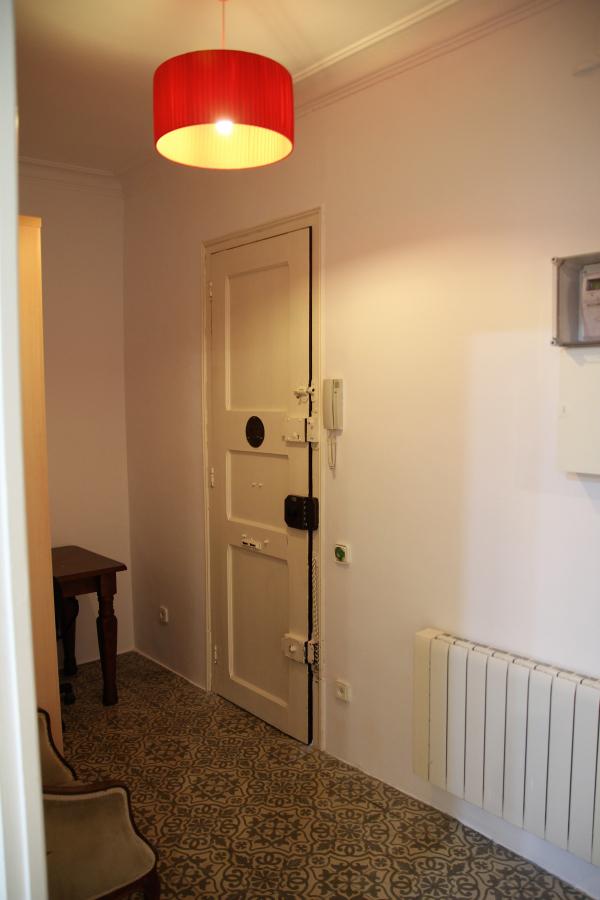 En alquiler piso de 2 habitaciones, amueblado en la Carrer Verdi de Gracia