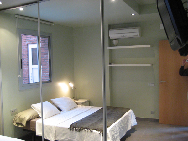 1 bedroom penthouse for rent with 200m2 terrace in Sarria