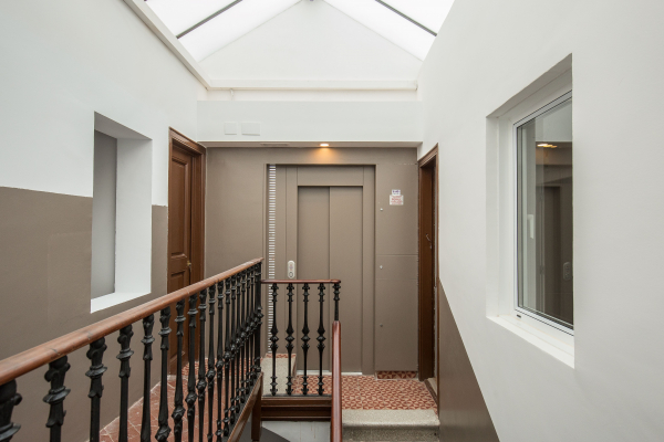 3 bedroom penthouse with terrace for rent in the Eixample