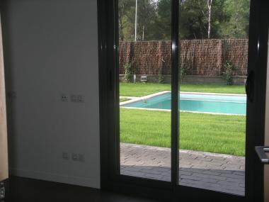 Preciosa casa unifamiliar de 6 habitaciones en alquiler en Bellaterra