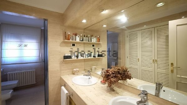 Amazing 610m2 house for rent by the golf course of Sant Cugat