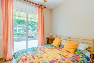 Casa de 5 habitaciones en alquiler en Montmar