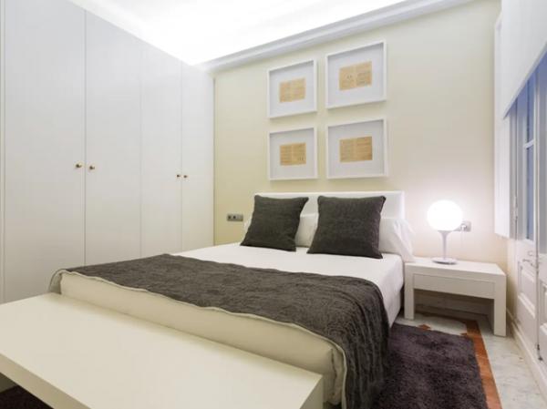 Magnifico piso modernista en la calle Caspe a alquiler