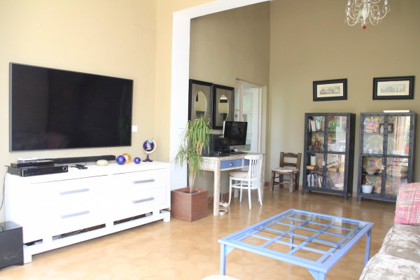 4 bedroom stand alone house available for short term rentel in Valldoreix