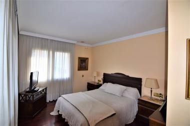 Exclusiva casa en venta de 5 habitaciones en Sant Cugat del Valles